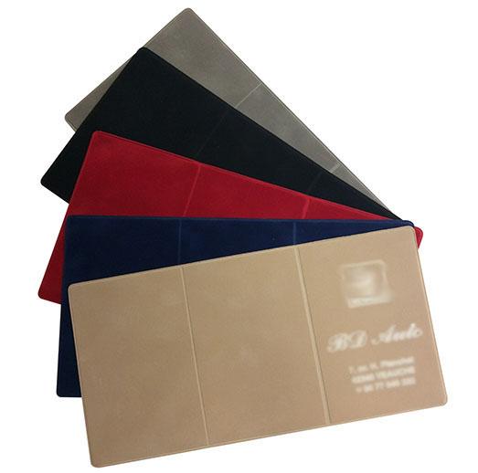 A la découverte de nos produits : Porte-carte grise en suédine
