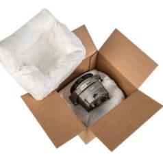 Voici notre système de calage et protection en mousse, un sachet rempli de mousse est déposé en dessous du produit et un autre au dessus.