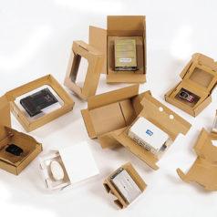 Voici notre emballage par suspension et retention Korrvu, vous pouvez voir différent modèle, certain produit sont uniquement retenu par 1 film et d'autre sont entre deux films qui les maintiennent.