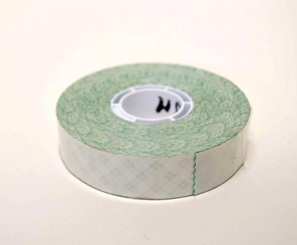 Transfert-mousse-extérieur. Ce produit est ainsi utilisable pour les PLV, les photos ou encore les montages stores..
