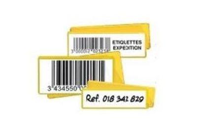 Découvrez notre porte etiquette magnetique. Ici se trouvent differents portes etiquettes magnetiquent ce qui nous permet de voir quelles sont les differentes utilisations possibles: ici pour afficher les codes-barres ou une reference.